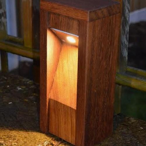 Záhradná lampa DESK